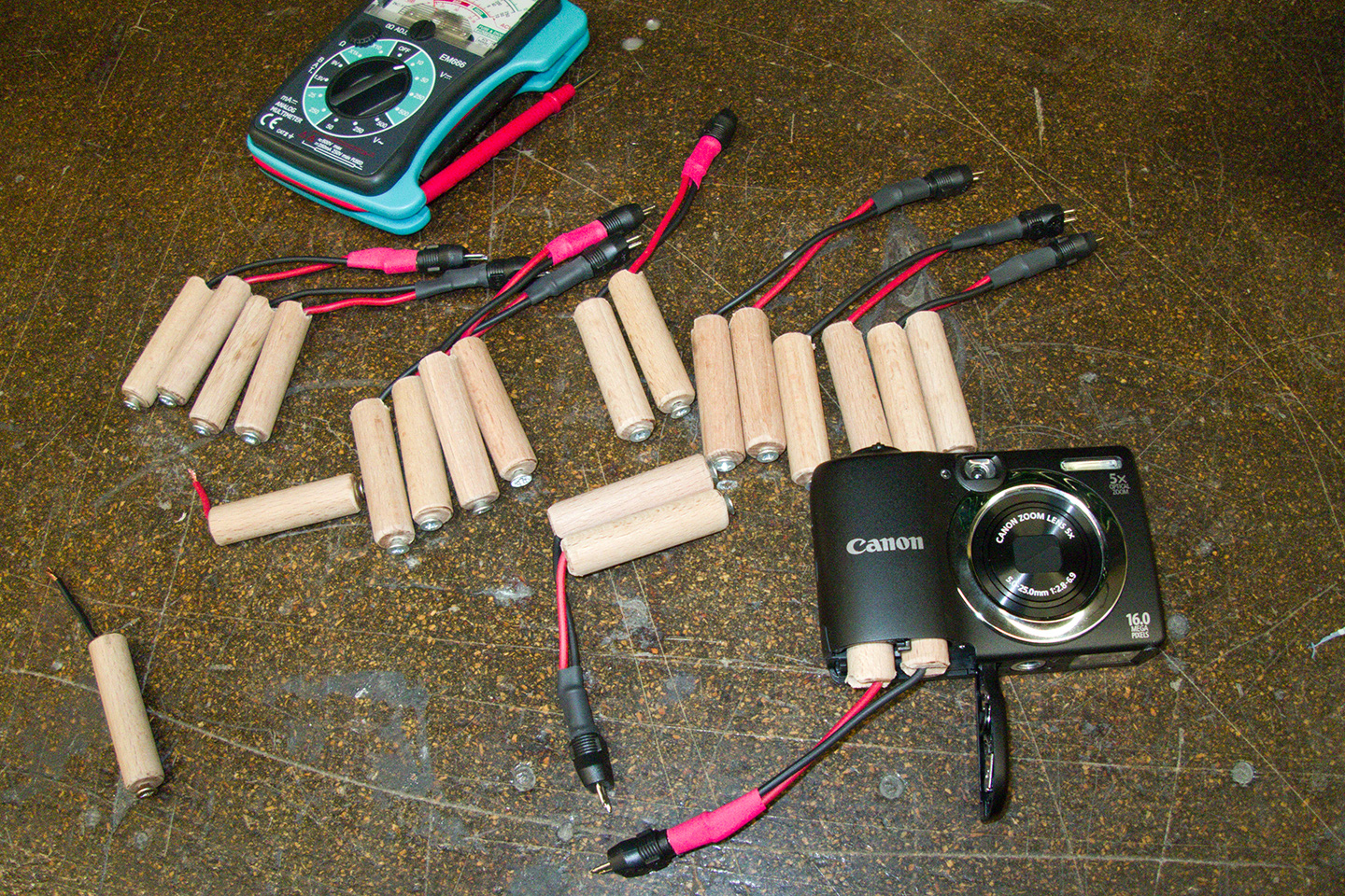 The dummy batteries